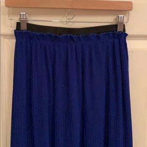 Nine Bird Pleated Maxi skirt size Large